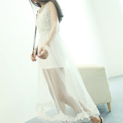 同款性感透视长裙网纱勾花刺绣蕾丝花边连衣裙(白色)