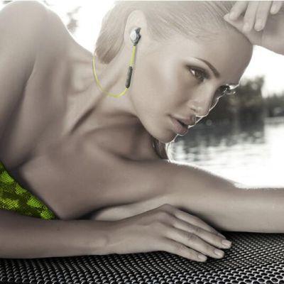 魔浪U5plus 无线蓝牙耳机  防水通用版4.1入耳式  双耳带麦  线控蓝牙耳机